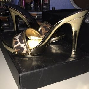 Dolce & Gabbana Leopard Shoes